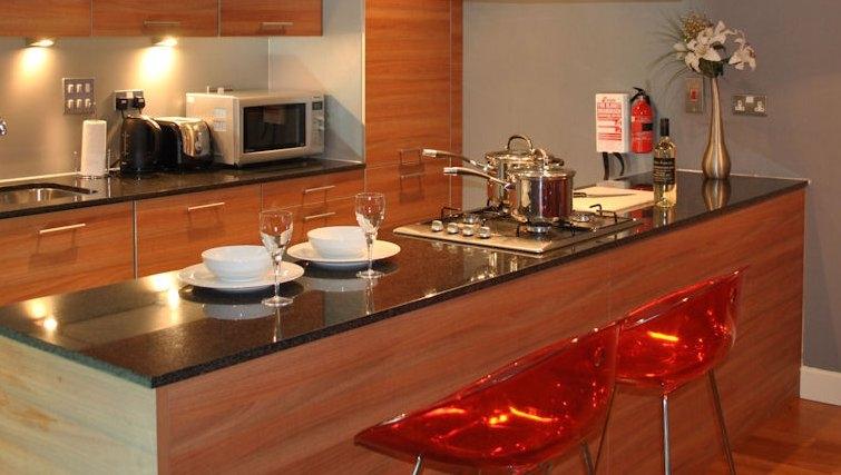 Impeccable kitchen in Ingram Apartments - Citybase Apartments