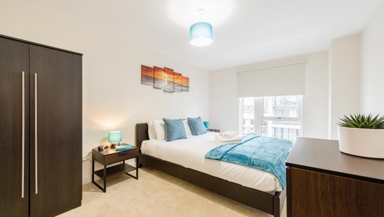 Bed at Flying Butler Colindale Apartments - Citybase Apartments