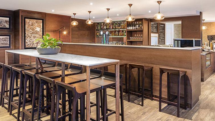 Bar at Britomart Apartments - Citybase Apartments