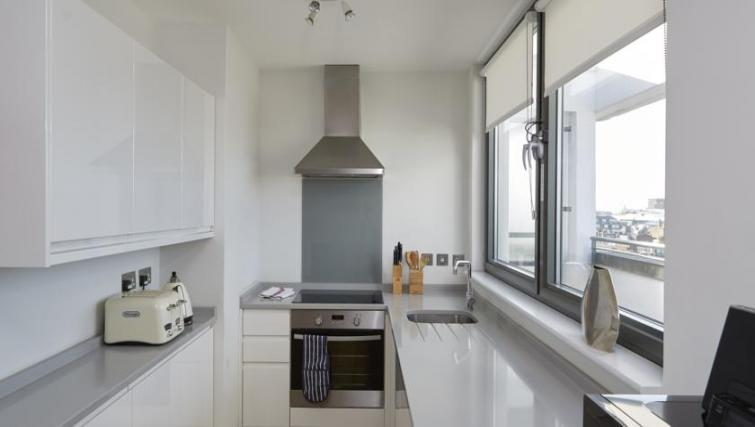 Equipped kitchen at SACO Fitzrovia - Citybase Apartments