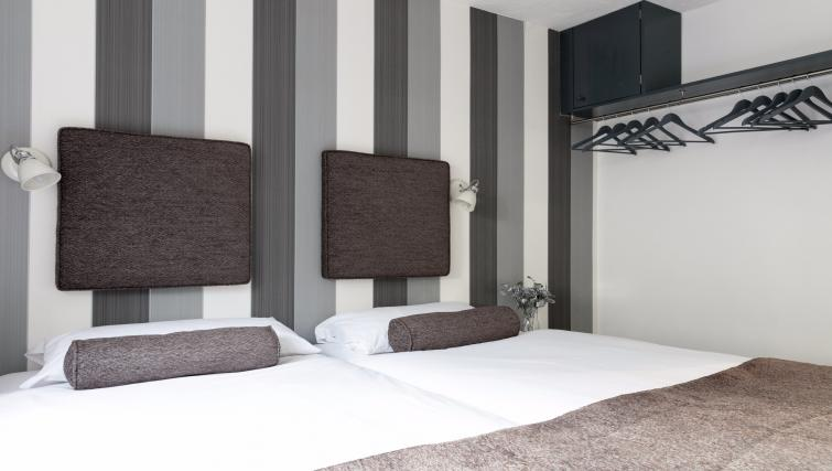 Beds at the The Addenbrooke's Suite - Citybase Apartments