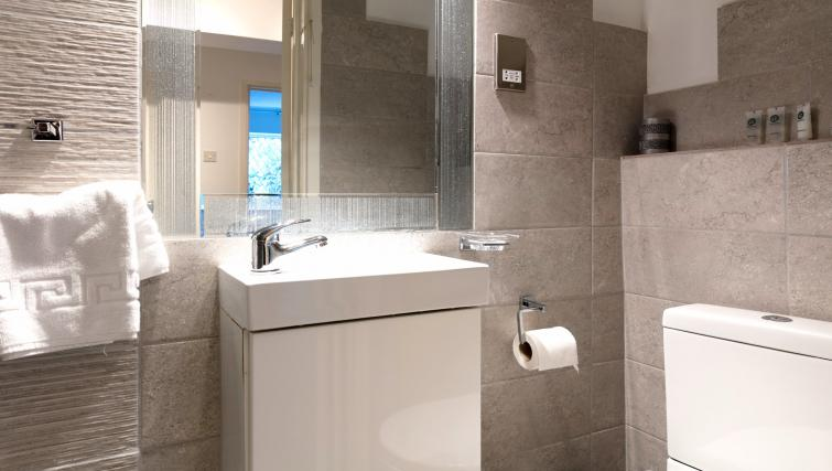 Bathroom at the The Addenbrooke's Suite - Citybase Apartments