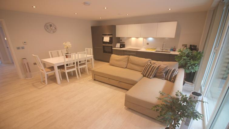 Lounge at the The Station Suite - Citybase Apartments