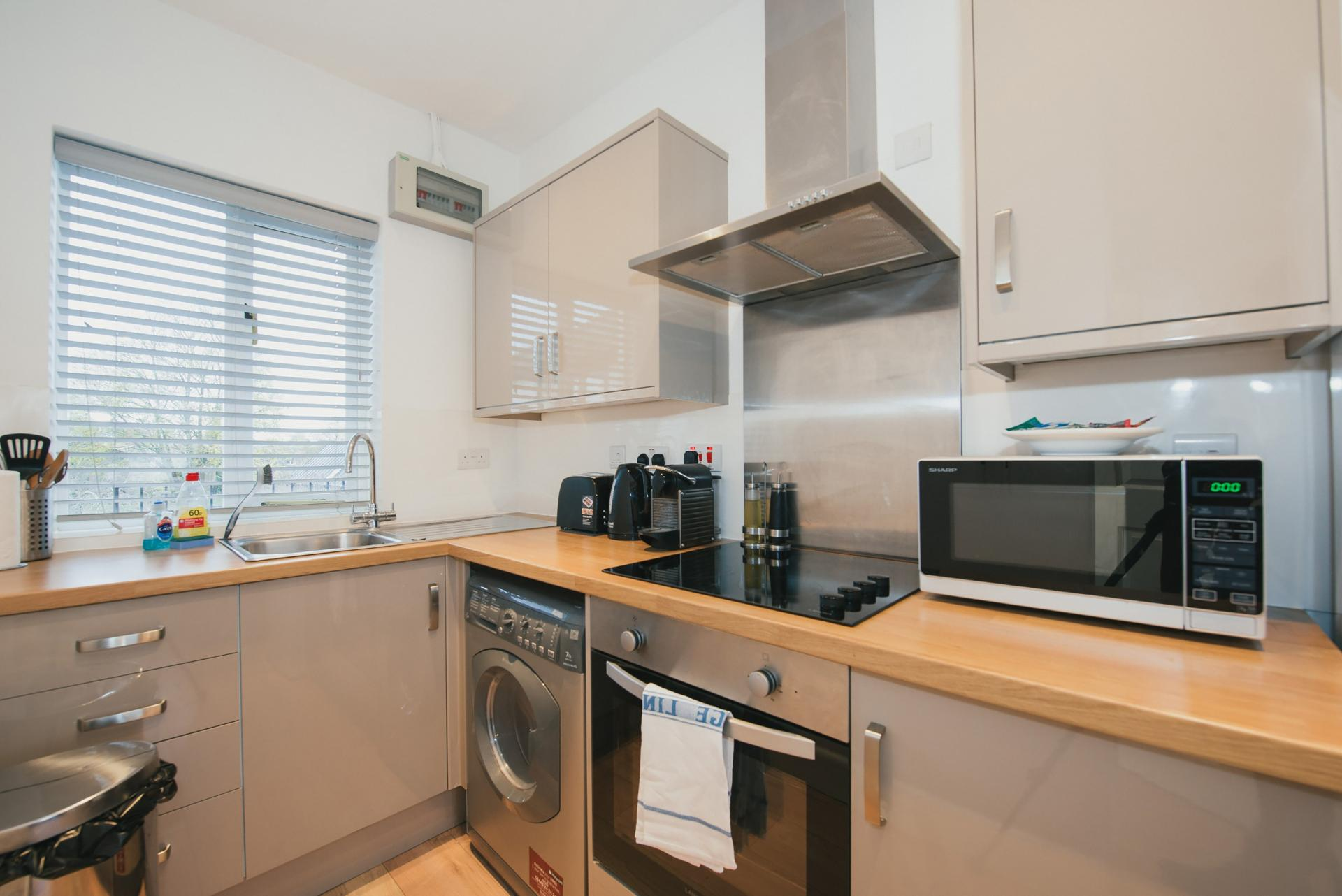 Kitchen at Arbury Road Apartments, Chesterton, Cambridge - Citybase Apartments