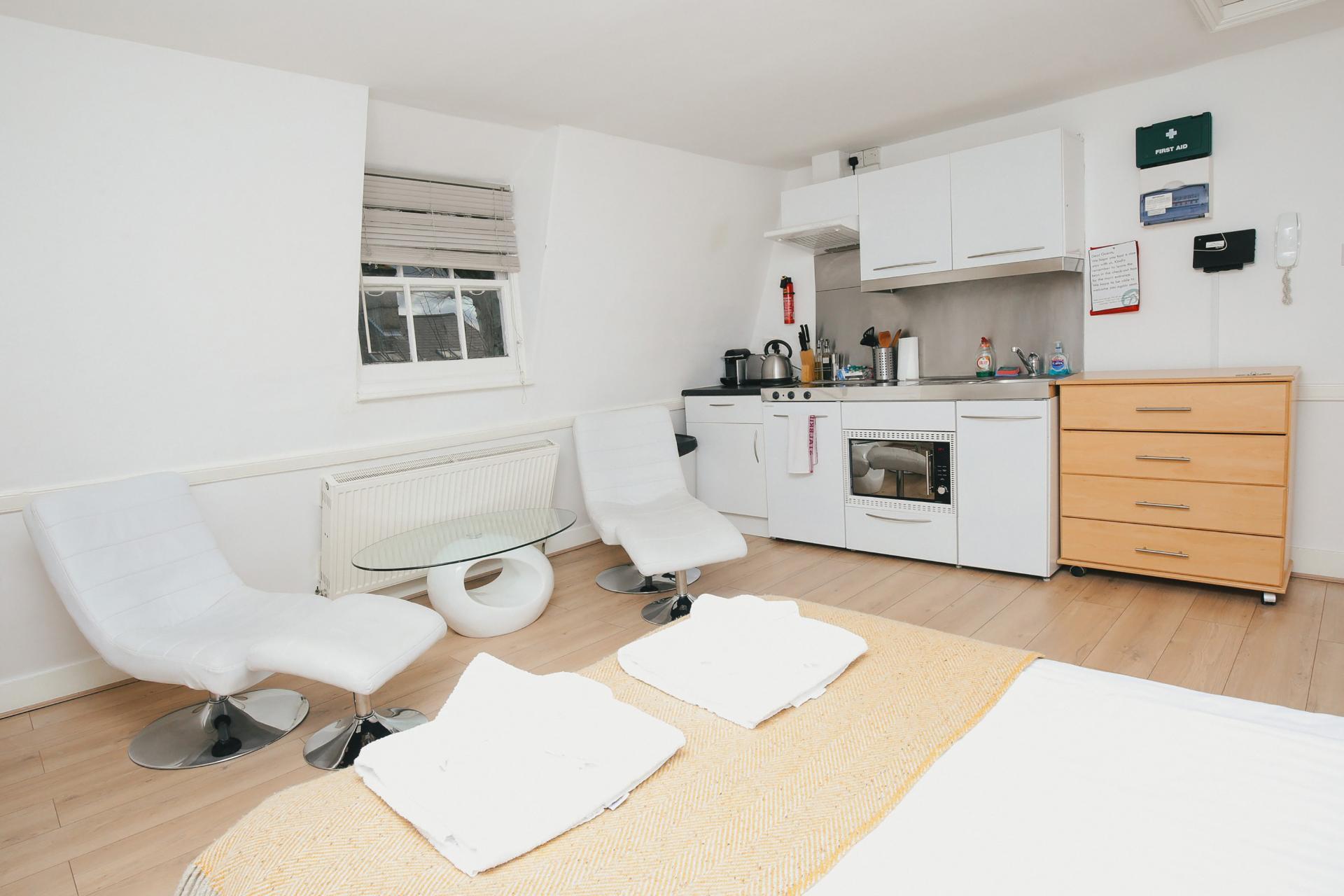 Open-plan at The Cambridge City Apartments, Centre, Cambridge - Citybase Apartments
