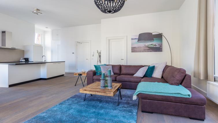 Sofa at City Hall Bridge Apartments - Citybase Apartments