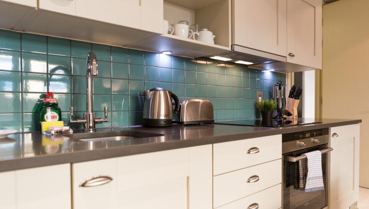 Equipped kitchen at Farringdon Apartments - Citybase Apartments