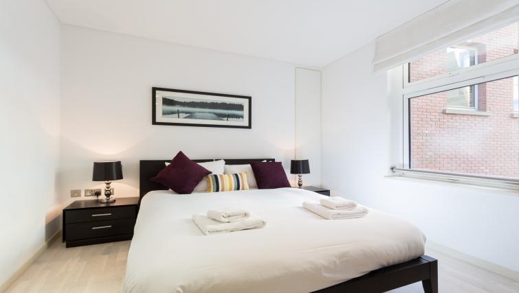 Bedroom at Farringdon Apartments - Citybase Apartments