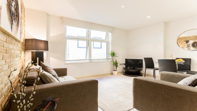 Living room at Farringdon Apartments - Citybase Apartments