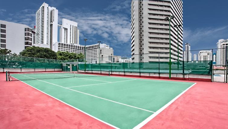 Tennis court at Far East Plaza Residences, Singapore - Citybase Apartments
