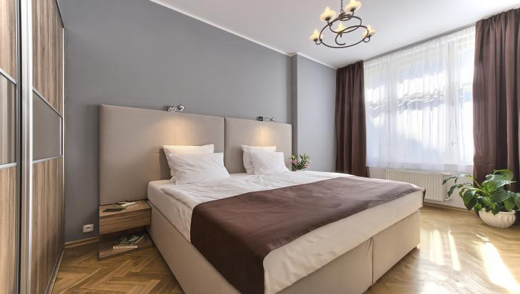 Master bedroom at Maiselova 5 Apartment - Citybase Apartments