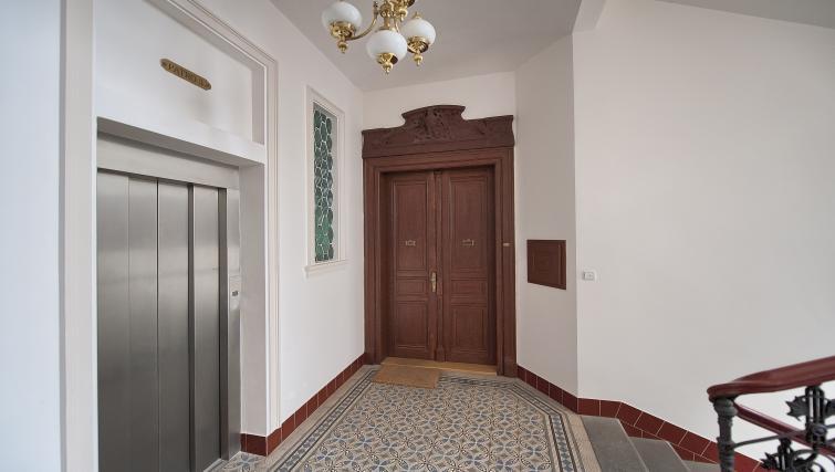 Entrance of Maiselova 5 Apartment - Citybase Apartments
