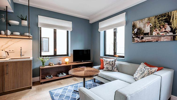 Modern and stylish living area at Hotel Twenty Eight Apartments, Amsterdam - Citybase Apartments
