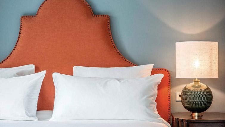 Bed at Hotel Twenty Eight Apartments, Amsterdam - Citybase Apartments