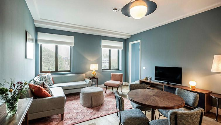 Spacious living area at Hotel Twenty Eight Apartments, Amsterdam - Citybase Apartments