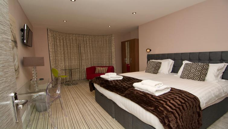Comfortable bedroom at Harrogate Lifestyle Apartments - Citybase Apartments