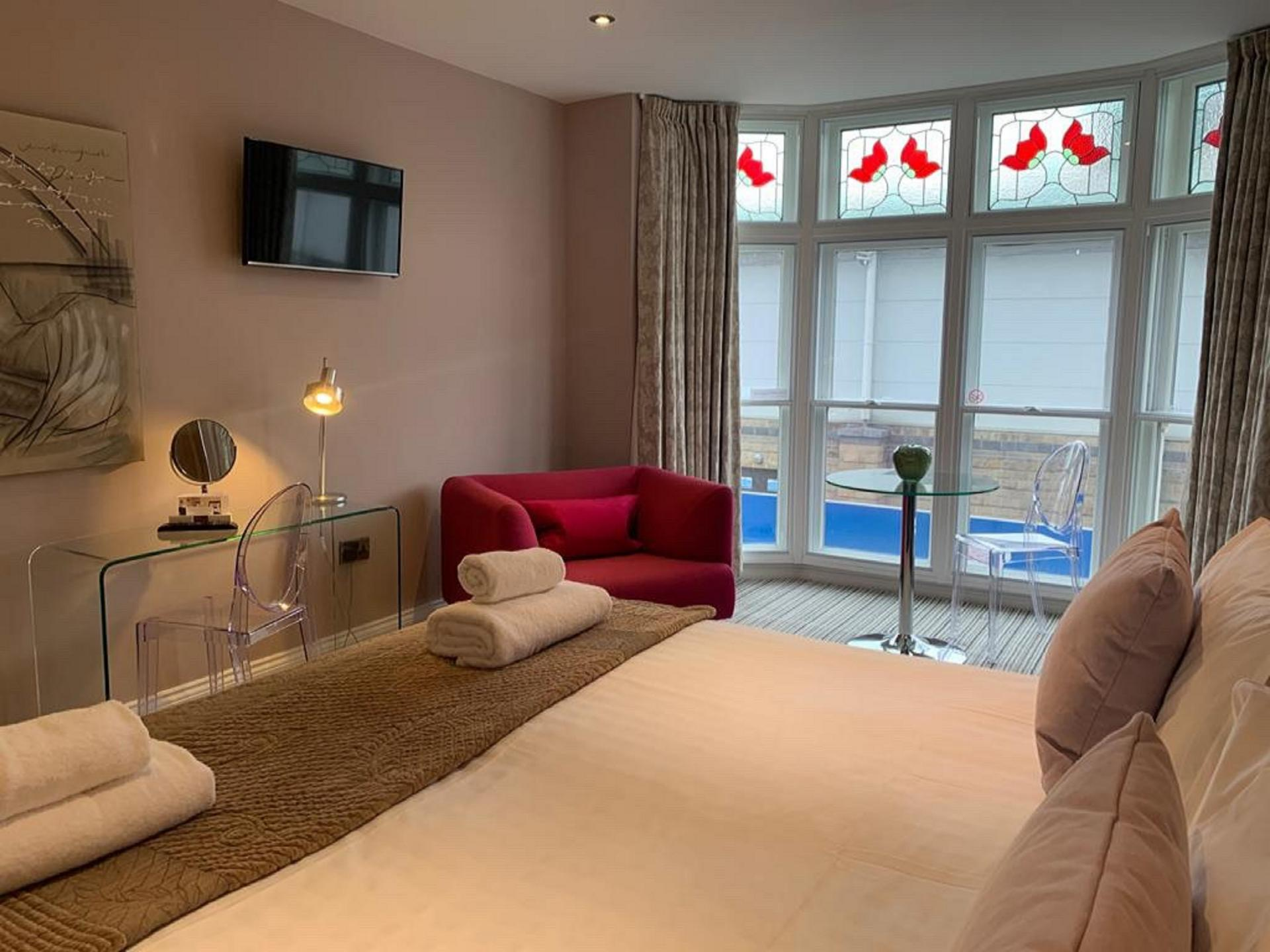 Comfortable bed at Harrogate Lifestyle Apartments - Citybase Apartments