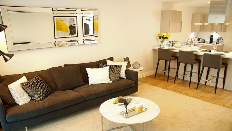 Living space at Times Square Apartments - Citybase Apartments