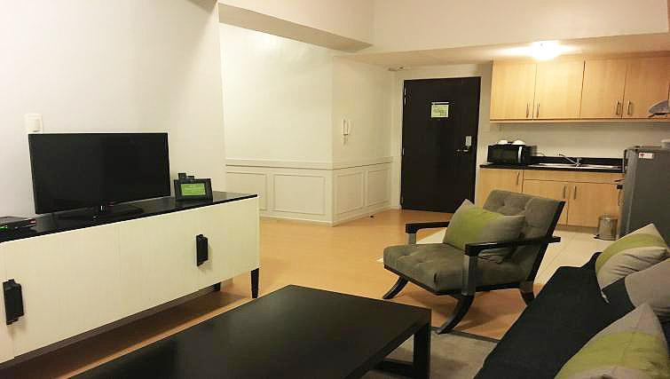 Living room at Avant Serviced Suites Personal Concierge - Citybase Apartments