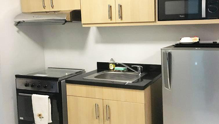 Equipped kitchen at Avant Serviced Suites Personal Concierge - Citybase Apartments