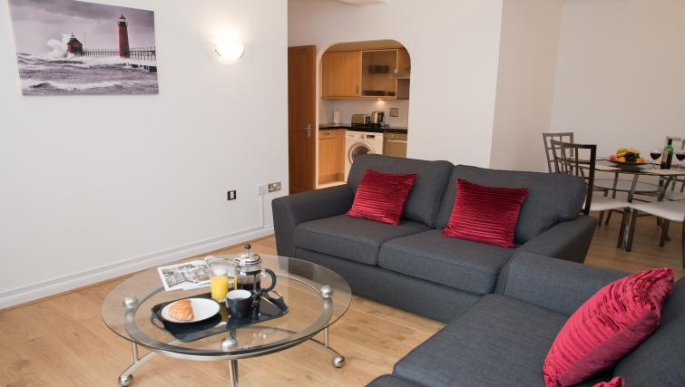 Ideal living space at Riverside House Apartments - Citybase Apartments