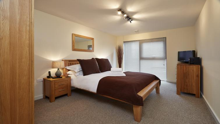 Cosy bedroom at The Paramount Swindon Apartments - Citybase Apartments