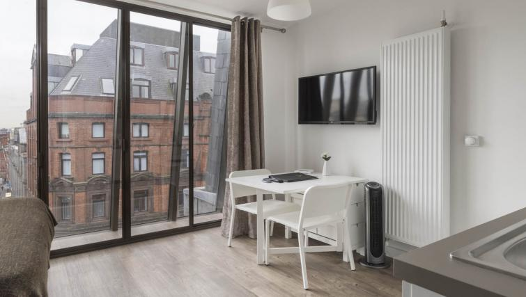 Dining table at Dream Apartments at Moorfields - Citybase Apartments