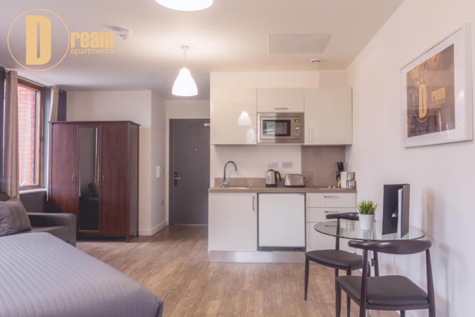 Spacious studio at  Dream Apartments at Moorfields - Citybase Apartments