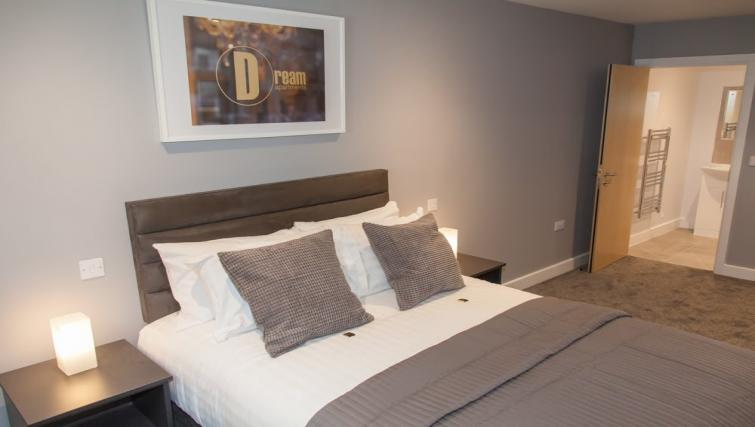 Bedroom at Dream Apartments Quayside - Citybase Apartments