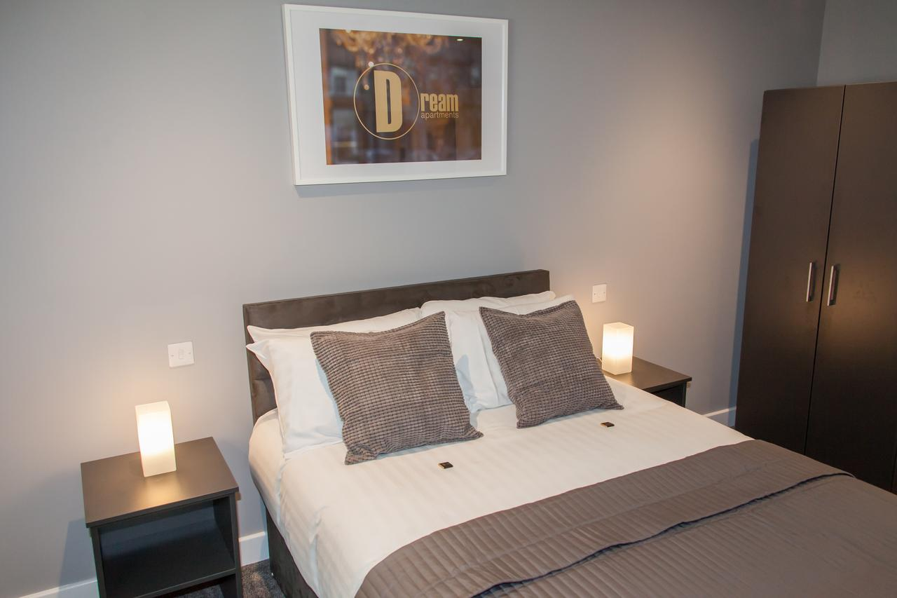 Bed at Dream Apartments Quayside, Centre, Newcastle - Citybase Apartments