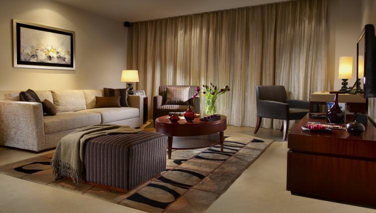 Gorgeous living area at Oakwood Residence Shanghai - Citybase Apartments