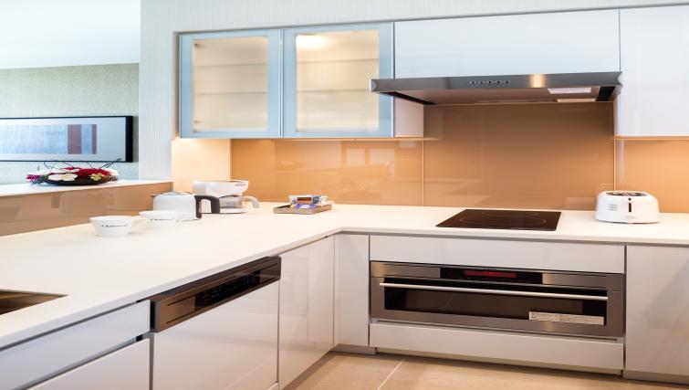 Kitchen at Oakwood Premier Tokyo - Citybase Apartments