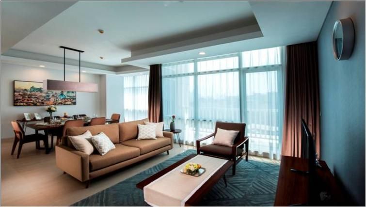 Large living area at Oakwood Apartments La Maison Jakarta - Citybase Apartments