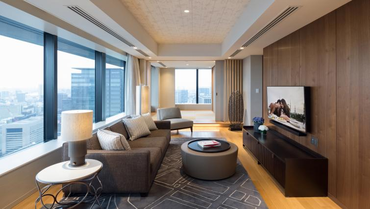 Gorgeous living area at Ascott Marunouchi Apartments - Citybase Apartments