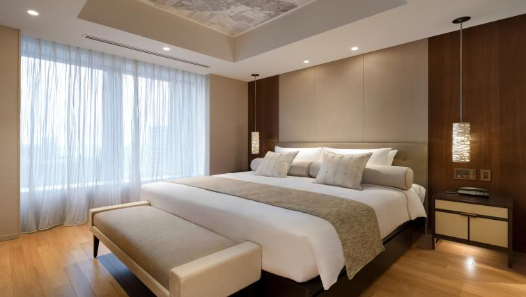 Bed at Ascott Marunouchi Apartments - Citybase Apartments